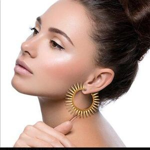 NWT gold sunburst hoops